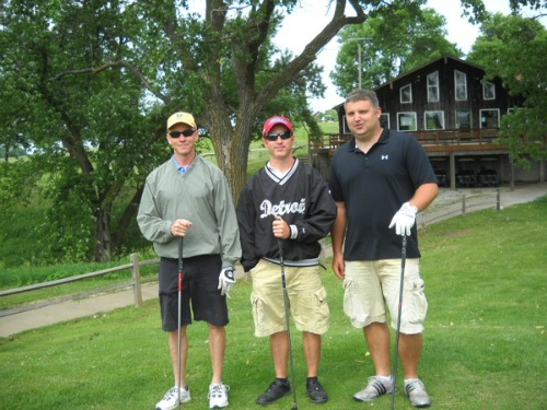Golfers tee up for Hospital Foundation