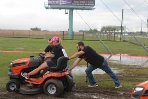 2016 Lawn Mower Race