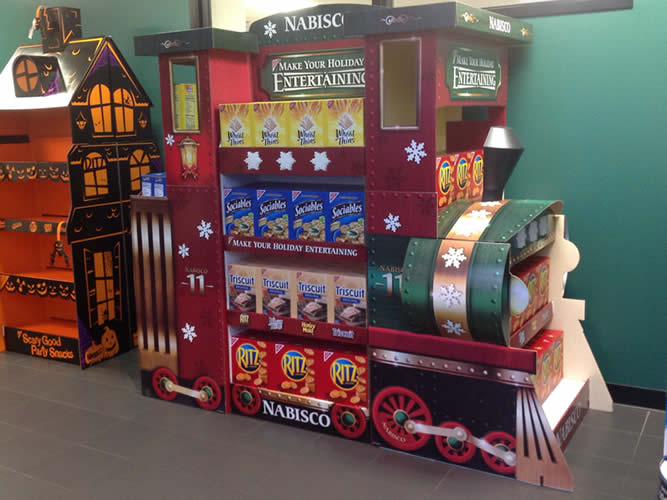 Nabisco Train Display Display includes flashing LED snow flakes