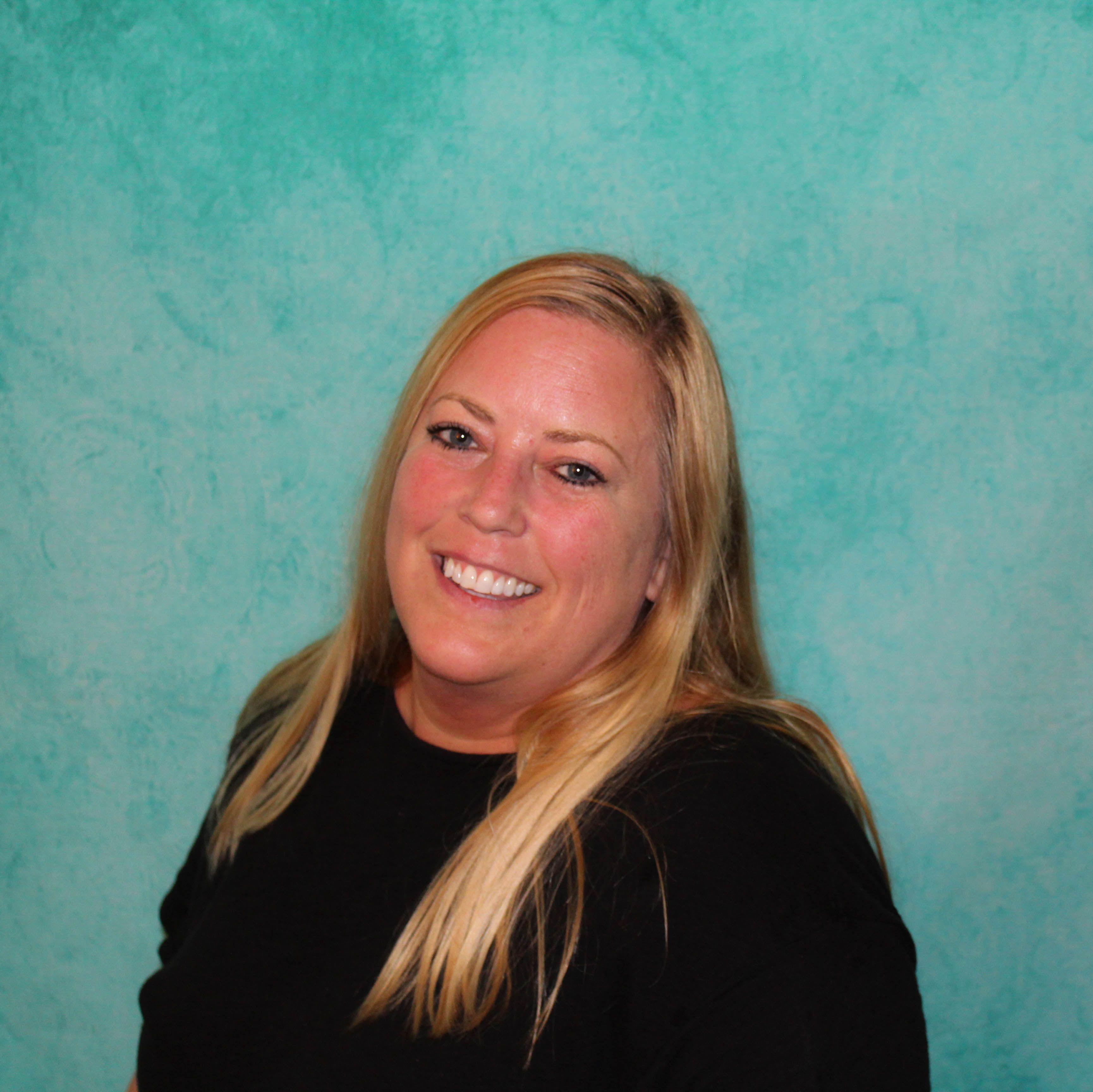 Lisa Heidrich, Finance Manager