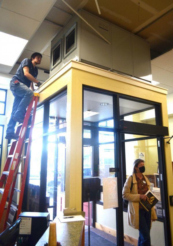 Senior Center improves building's circulation