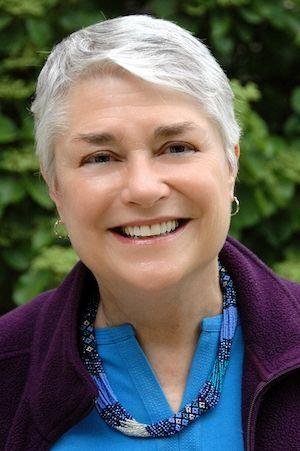 Yael Petretti, Volunteer Coordinator