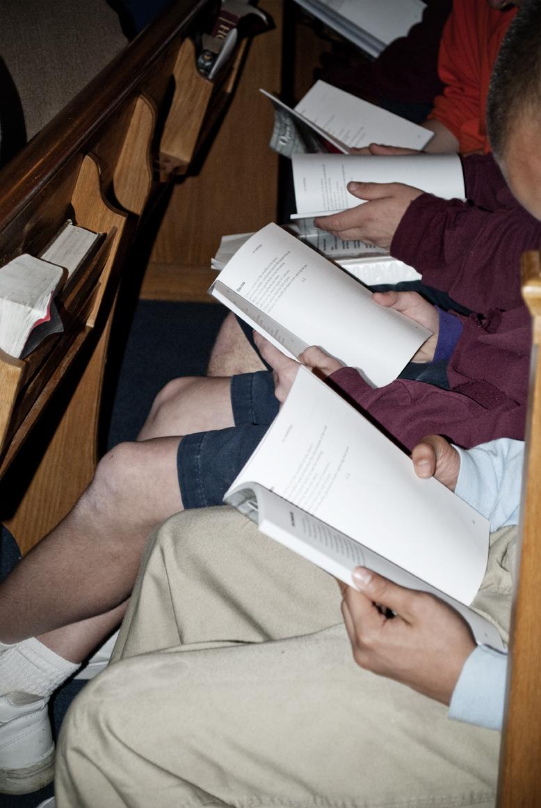 Mt. Meigs students read along