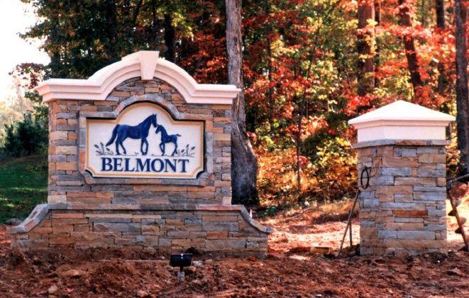 P25003 - Horse Farm Monument Sign