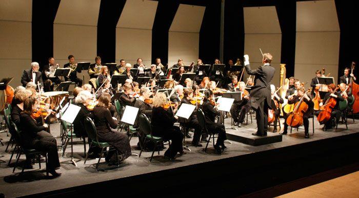 Concert Review - A Familiar Walk through the Neighborhood