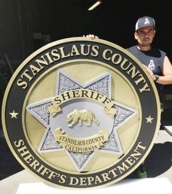 MB2272 - Badge of the Sheriff of Stanislaus County, California, 3-D