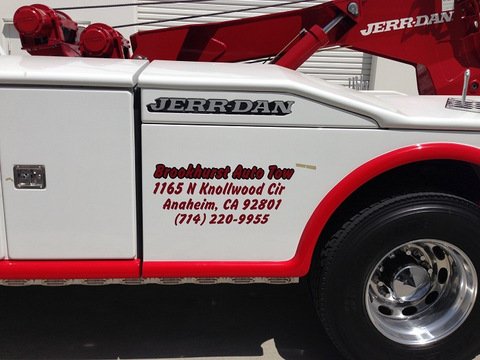 Gain name recognition with fleet graphics in Orange County