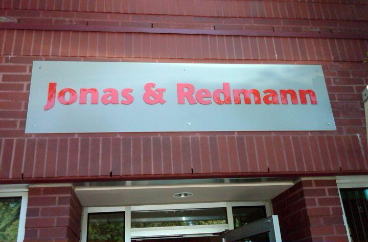 Jonas & Redmann Dimensional Lettering