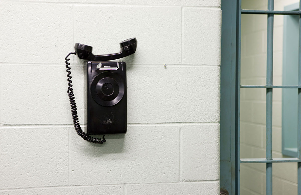 Illinois Prison Phone Rates Are Lowest Following Grassroots Activism