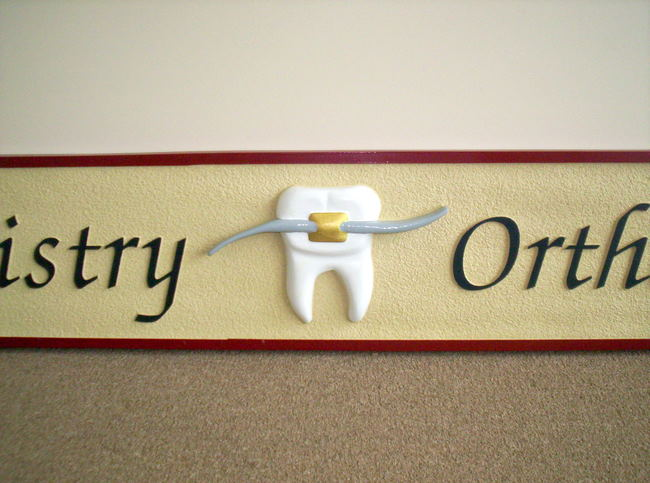 BA11631 – Details of Orthodontics Sign with Carved Molar and Retainer Wire