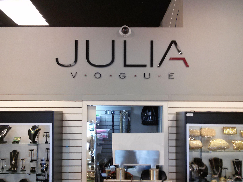 Julia Vogue