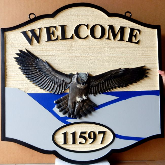 M212042 - Welcome Sign for Residence, with great Horned Owl Carved in 3D (Gallery 21)