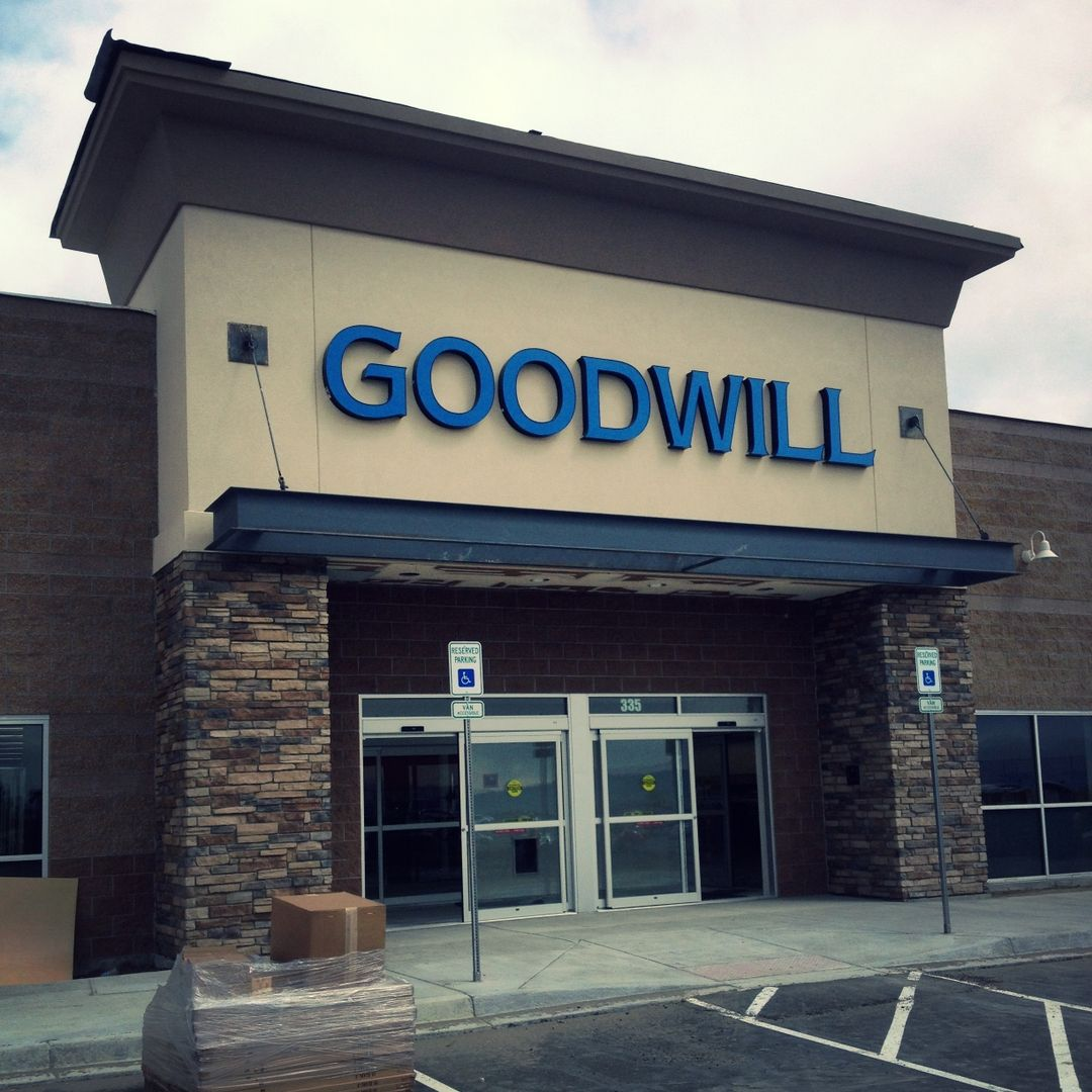 Grand opening celebration for new Goodwill store in Castle Rock