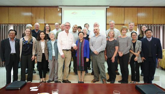 Vietnam appreciates PeaceTrees Vietnam's contributions to heal war wounds