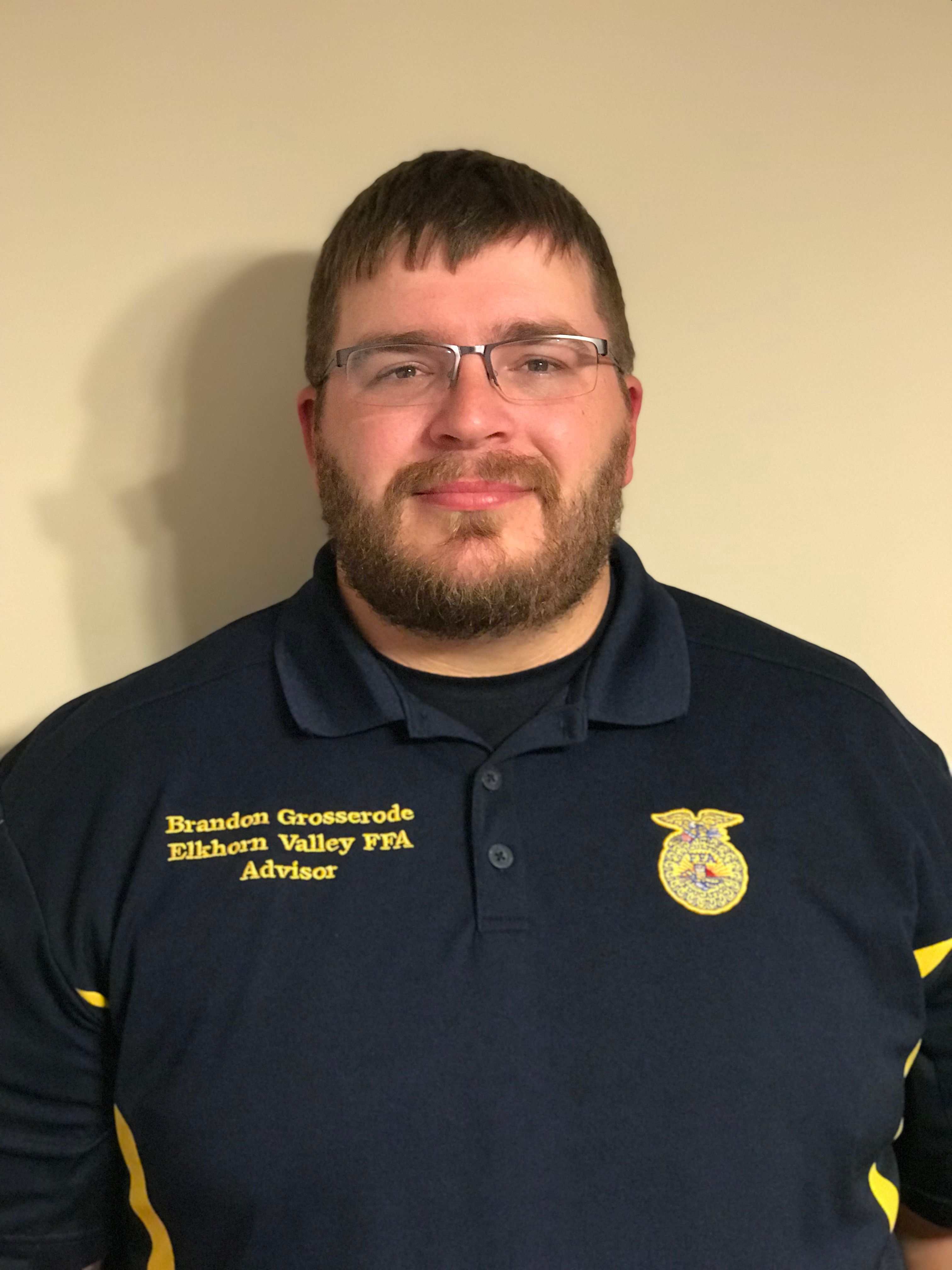 Grosserode Builds New FFA Chapter in Tilden