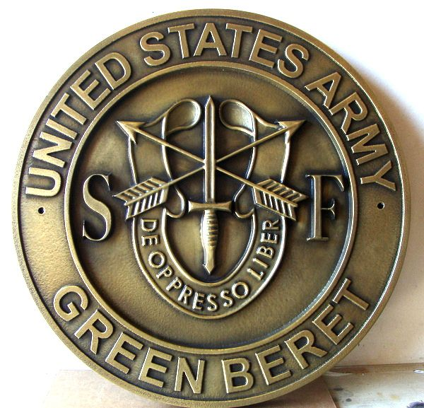 "MP-1680 - Carved Plaque of the Insignia of the ""Green Berets"" Special Forces  of the US Army,   Brass"