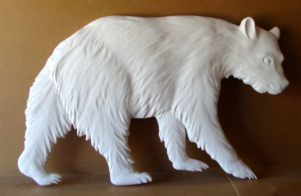 M22852 - Carved Painted Grizzly Bear for Sign