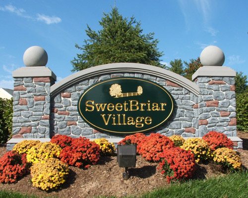 F15003 - Village Welcome Monument Sign, Stone Facade