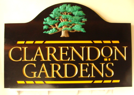 GA16447 - Private Gardens Entrance Sign, with Gold Leafed Text and 3-D Carved Oak Tree