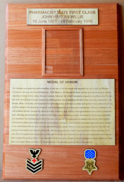 V31381 - Wood Photo Plaque for Medal of Honor Recepient, with Citation