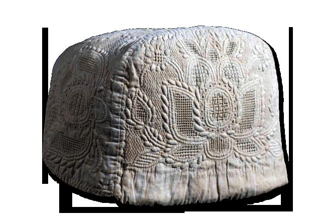 Woman's cap, maker unknown, origin unknown, circa 1740-1760, IQSCM 2006.013.0001