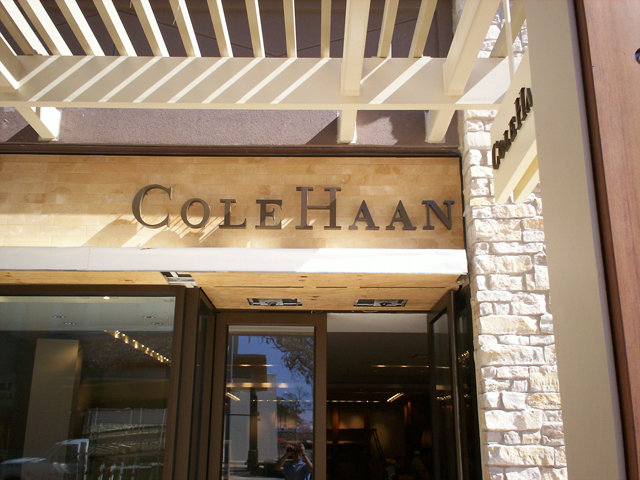 Cole Haan- Installation