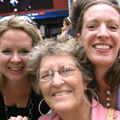 Sandra Nentwig and daughters