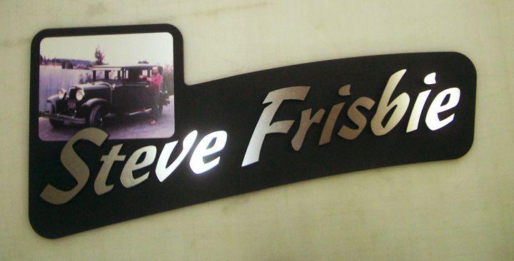 Steve Frisbie Dimensional Lettering