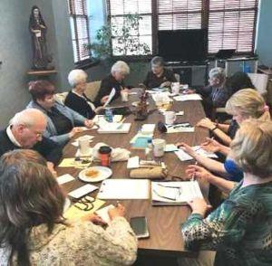 Felician Associates Explore the Franciscan Crown