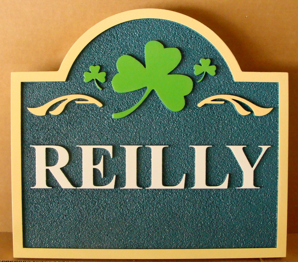 "I18408 -Irish Residence Sign , ""Reilly"", with a Shamrock"