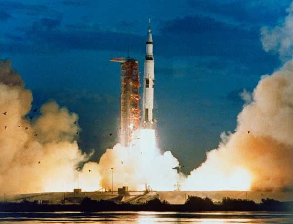 Launch of Apollo 4 atop the first Saturn 5 Moon rocket.