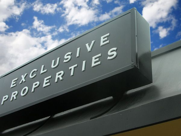 Office & Store Signage