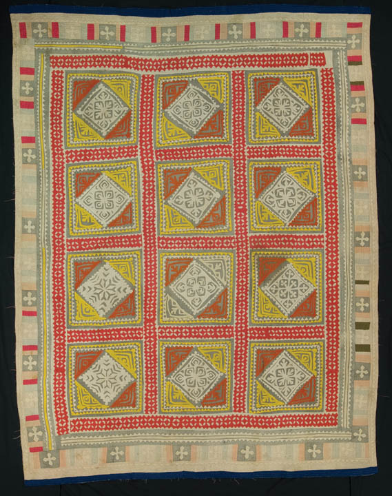 Ralli quilt, probably made in Thatta, Sindh, Pakistan, circa 1970-1990, gift of Patricia Stoddard, 80 x 60 in, IQSCM 2000.003.0003