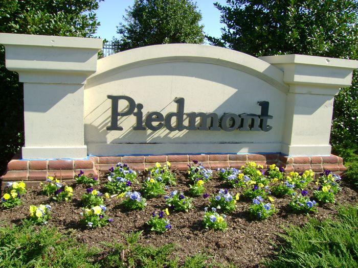 Piedmont Community Sign