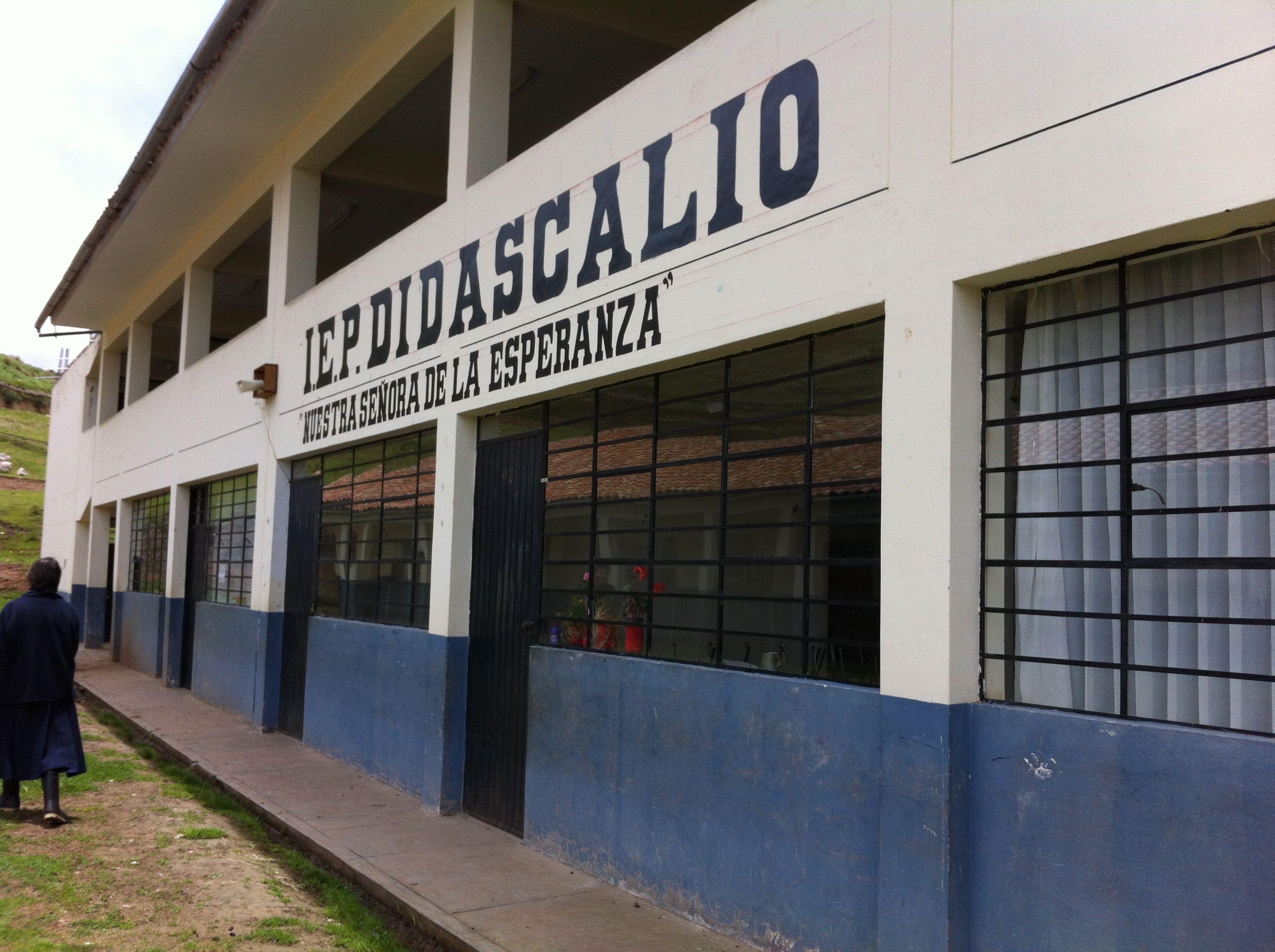 """""""Nuestra Señora de la Esperanza"""" School, Acopia (Peru)"""