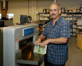 Finishing Services, Eduardo Paez