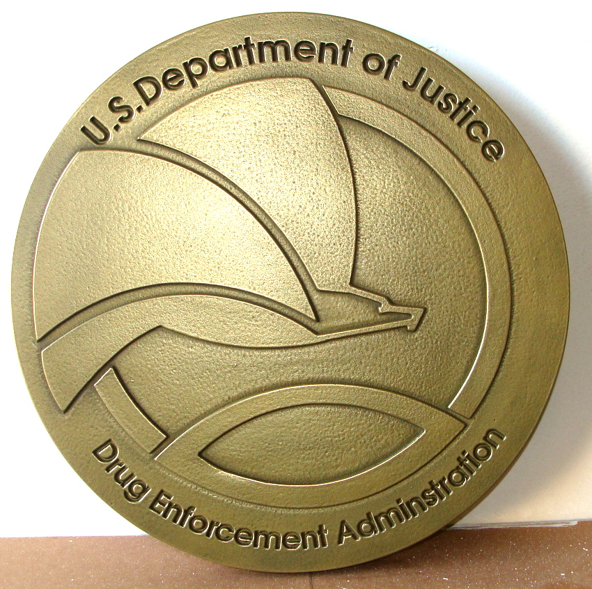 AP-2540 - Carved Plaque of the Seal of the Dept. of Justice, Drug Enforcement Administration (DEA), Brass Plated