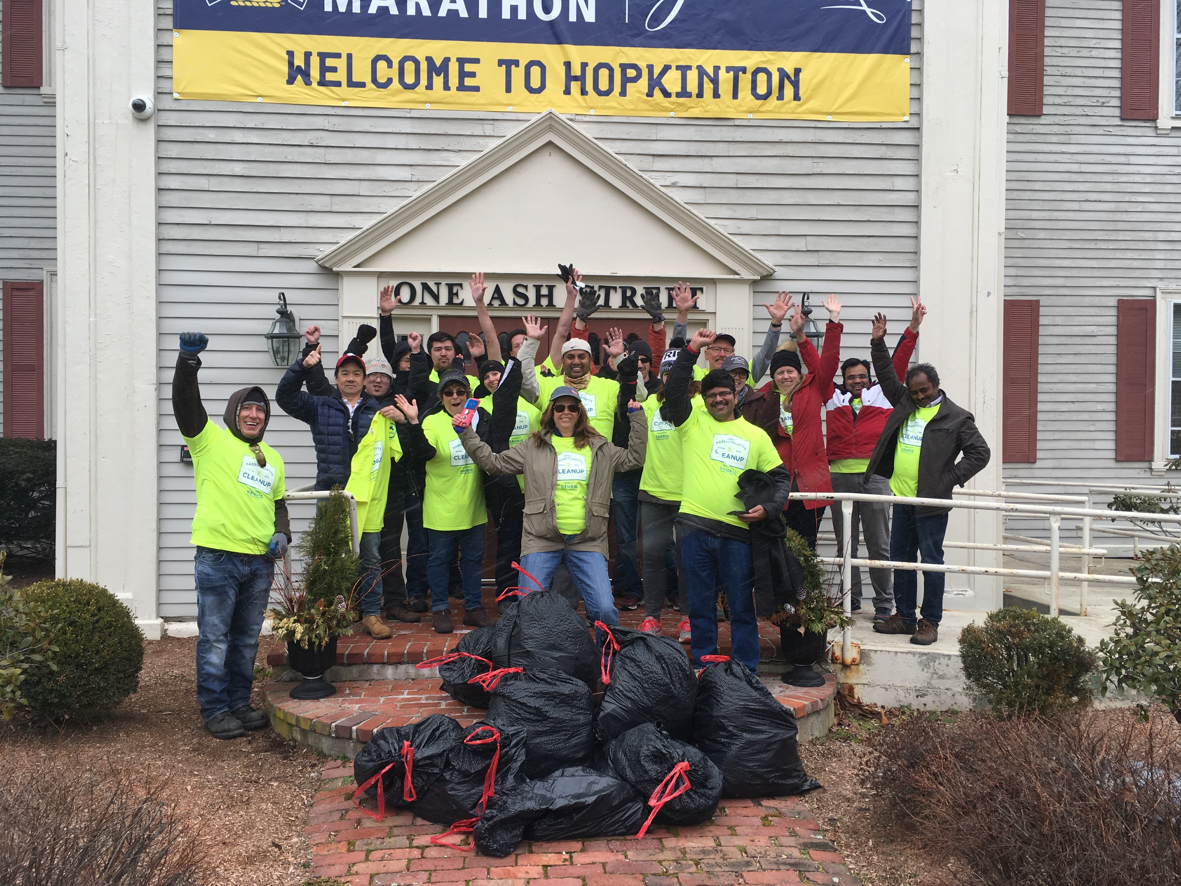 Dell Technologies Volunteers Clean Up Boston Marathon Route