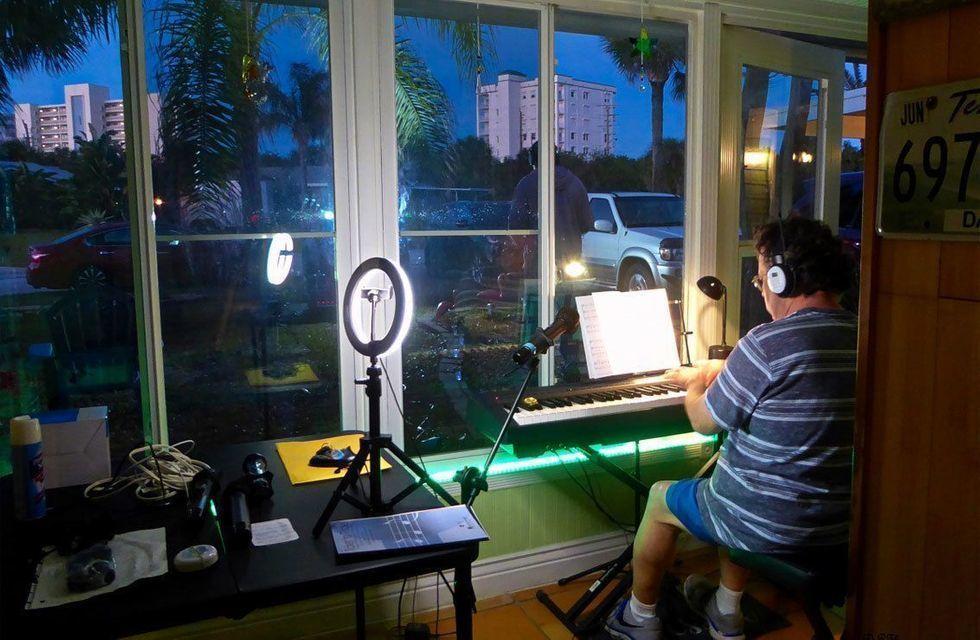 Car Choir Rehearsal: The Piano Man
