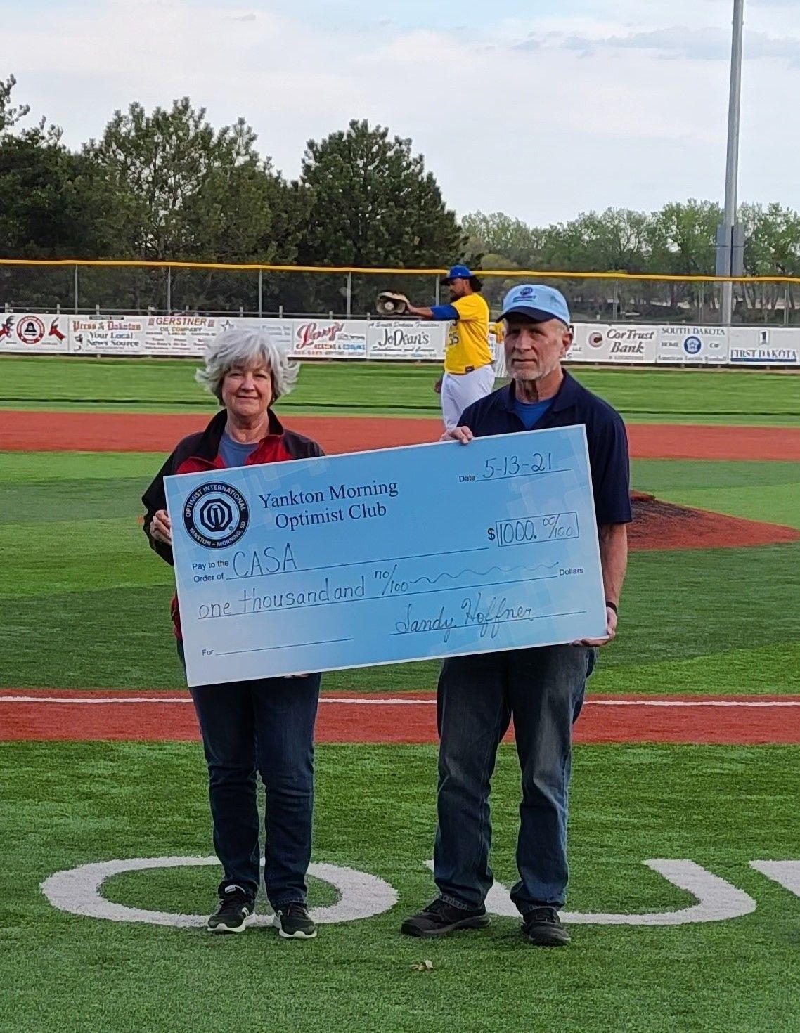 Yankton Optimist Club Donates to CASA
