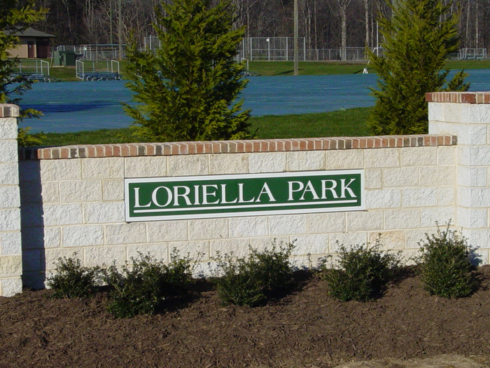 Loriella Park Community Sign