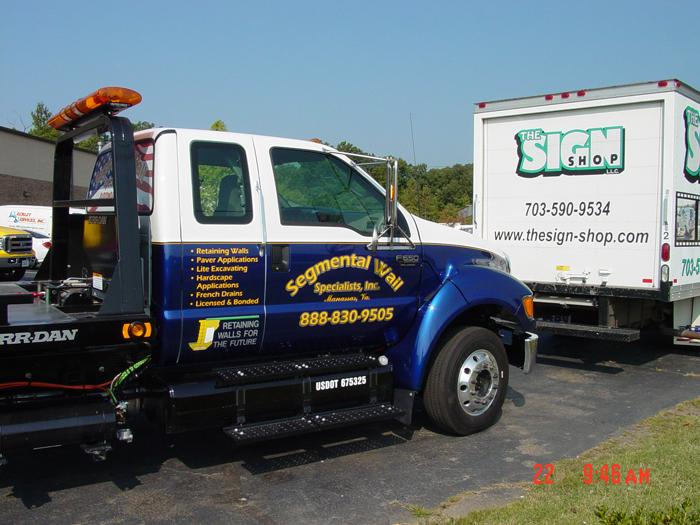 Segmental Wall Truck Graphics