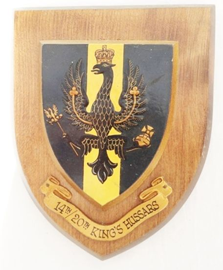 OP-1160 - Carved Shield Plaque,UK Army,  20th King's  Hussars , Artist Painted Wood