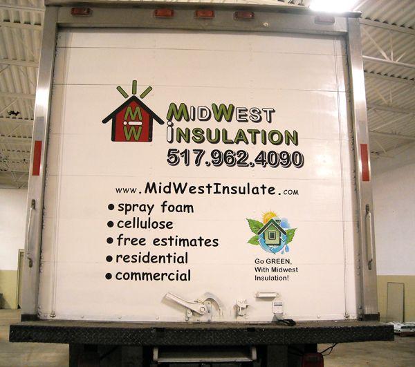 Full color logo print. Box truck vinyl lettering.