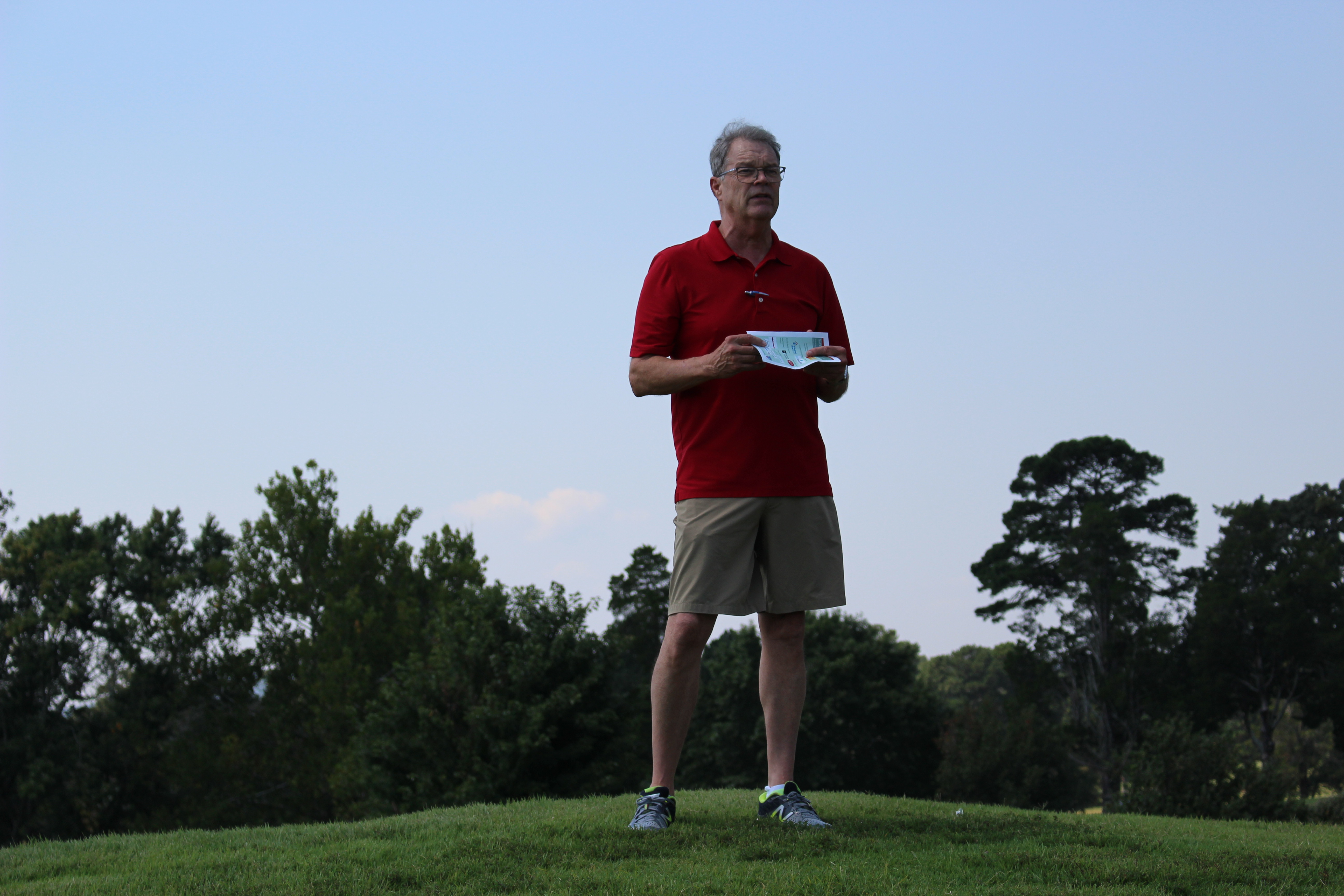 CCMC Board President Dr. Jack Porter Welcomes Golfers