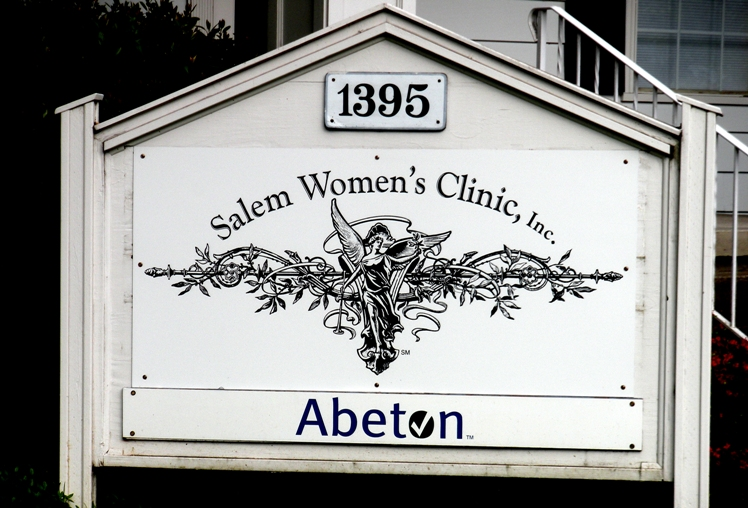 Salem Womens Clinic Monument Sign