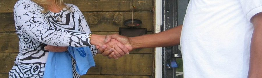 Handshake cropped