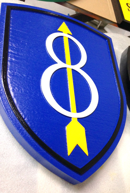 """MP-1500 - Carved Plaque of the Insignia of the 8th Infantry Division of the US Army,  """"Pathfinder"""",  Artist Painted"""