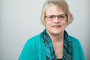 Deb Hegseth, Specialist