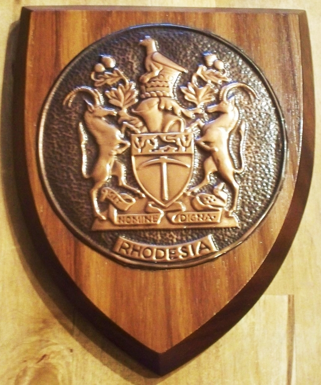 XP-2080 - Carved Shield Wall Plaque of Country Coat-of-Arms / Crest, Bronze Plated with Mahogany Wood